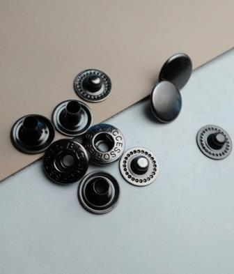 Кнопки альфа 10 мм ч никель